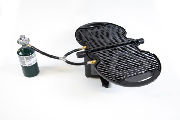 Regulator assembly with nomadiQ Grill and propane tank
